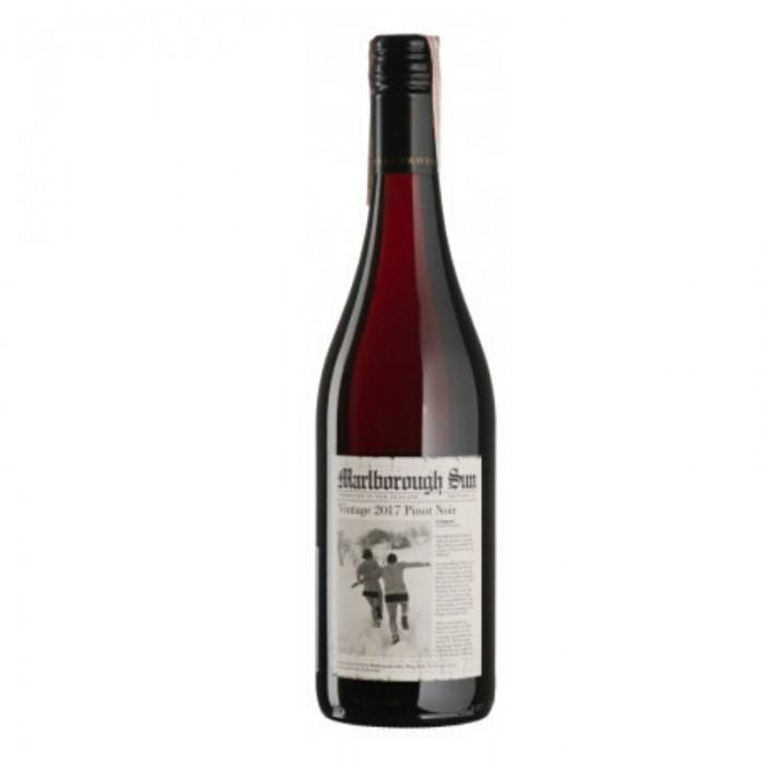 Вино Pinot Noir Marlborough Sun Saint Clair красное сухое 0,75 л